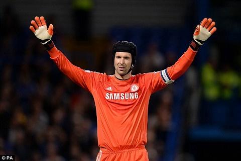 HLV Chelsea tiet lo Petr Cech da chon Arsenal hinh anh