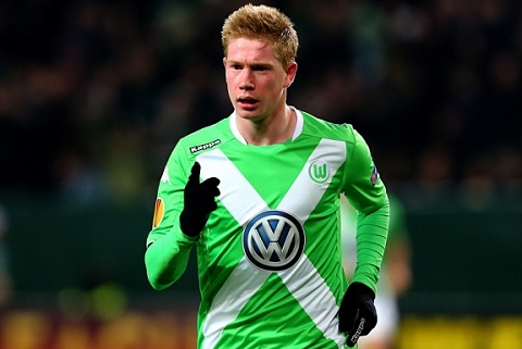 Kevin De Bruyne roi Chelsea, toa sang trong mau ao Wolfsburg hinh anh 2
