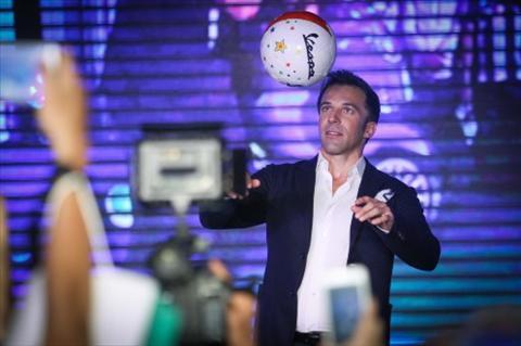 Huyen thoai Del Piero nuoi tiec ve that bai cua U23 Viet Nam hinh anh