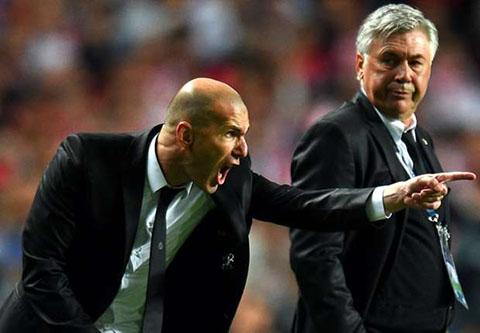Zidane tran tinh sau khi vo hut chiec ghe nong cua Real Madrid hinh anh