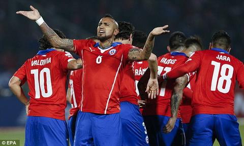 Cuc dien bang A tai Copa America 2015 sau luot tran thu hai Chu nha Chile nam uu the hinh anh