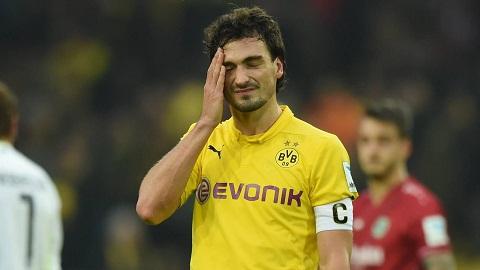 Milan pha MU trong thuong vu theo duoi trung ve Hummels cua Dortmund hinh anh