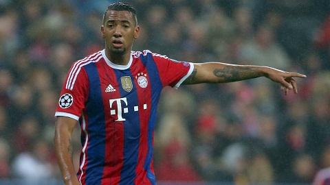 MU theo duoi trung ve Jerome Boateng cua Bayern Munich  hinh anh