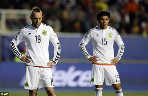 Mexico 1-2 Ecuador Chien thang tuyet vong hinh anh