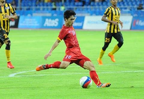 Cong Phuong ghi 2 ban thang dang cap vao luoi U23 Malaysia