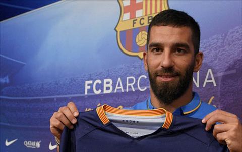 SOC Messi muon nhuong ao so 10 cho tan binh Turan hinh anh