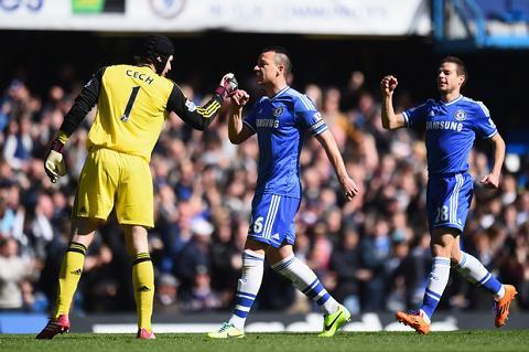 Cech roi Chelsea, Matic len tieng tru eo hinh anh