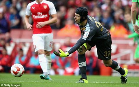 Hang thu Arsenal hinh anh 5