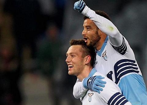 Chi toi 42,5 trieu bang cho bo doi cua Lazio, MU van bi tu choi hinh anh