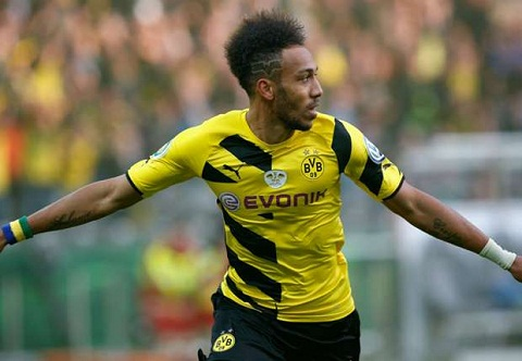 Chinh thuc gia han hop dong, sao Dortmund khien Arsenal vo mong