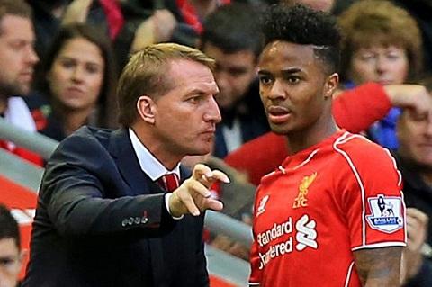 Liverpool HLV Brendan Rodgers va chien dich ban tay sat hinh anh 2