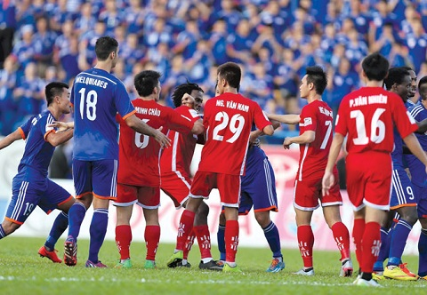 Sau vong 21 V-League 2015 Dung la V-League! hinh anh 2