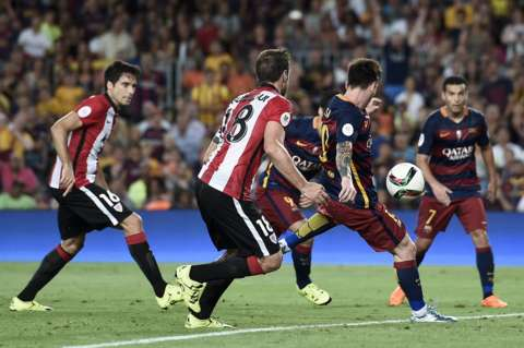 Lionel Messi lap sieu ky luc trong ngay Barca vo mong an 6 hinh anh