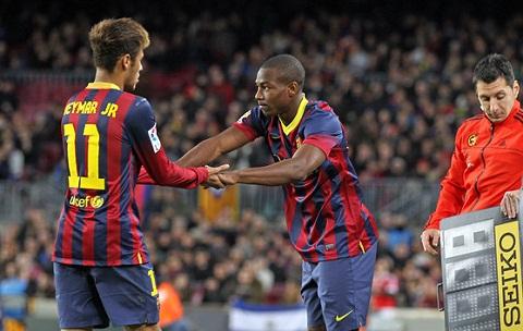 Mui ten cua Barcelona tren duong toi Liverpool Day, su thay the hoan hao cho Sterling hinh anh 2