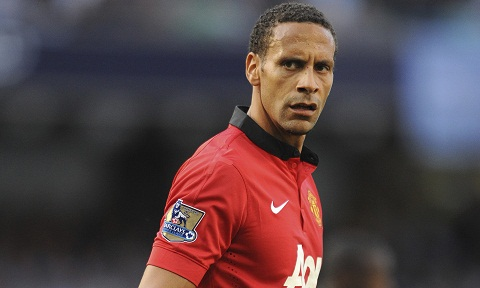 Trung ve Rio Ferdinand tung duoc Arsenal lien he hinh anh