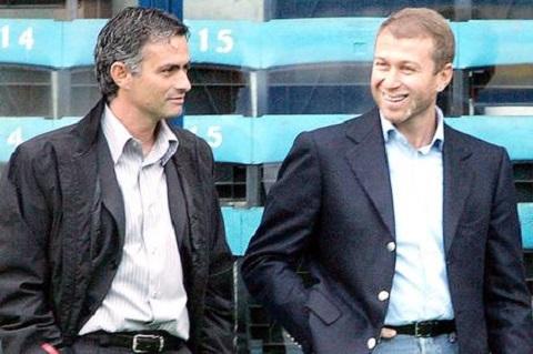 HLV Mourinho len tieng ve nhung rac roi voi chu tich Abramovic hinh anh