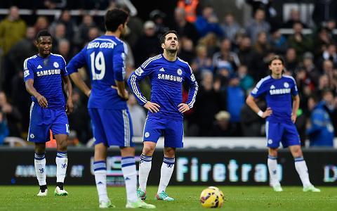 Hang cong Chelsea mua giai 2015-2016 Biet trong cay vao ai hinh anh 2