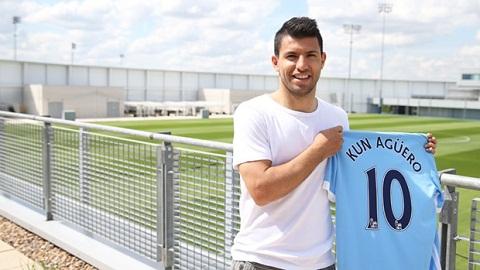 Sergio Aguero thay doi so ao tu mua giai 201516 hinh anh