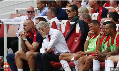 HLV Wenger van manh mieng du Arsenal thua nhuc truoc West Ham hinh anh