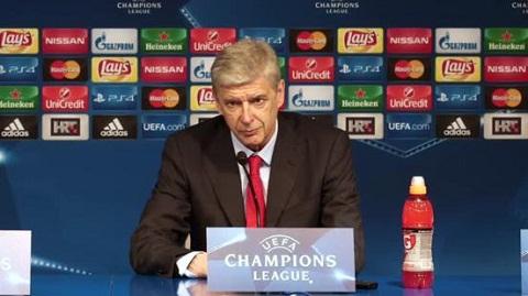 Arsenal vs MU Wenger tu tin ve tuong lai hinh anh