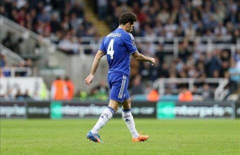 Nguoi Chelsea keu goi Mourinho tram Fabregas va Ivanovic hinh anh