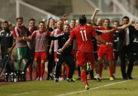 Bale xuat sac nhat xu Wales nam 2015 hinh anh