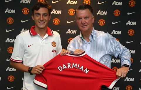 Hau ve Darmian Manchester United chi la diem khoi dau hinh anh