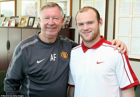 Rooney phan phao Sir Alex, to thay cu vu khong hinh anh