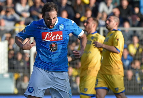 Frosinone 1-5 Napoli Xac dinh nha vo dich luot di Serie A 20152016 hinh anh
