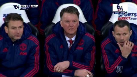 Truoc vong 22 Premier League Liverpool sut bay Van Gaal, Arsenal mat ngoi dau hinh anh