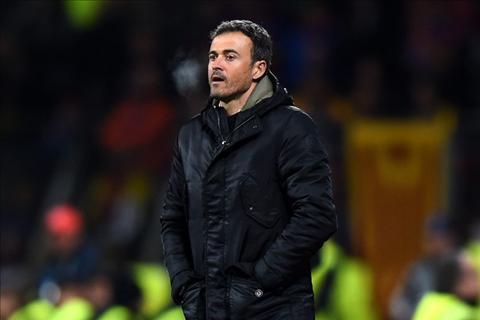 HLV Luis Enrique lo lang ve trong tai truoc tran Bilbao vs Barca hinh anh 2