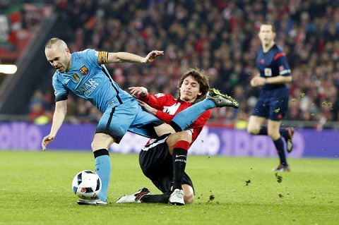 Bilbao 1-2 Barcelona Khong MSN, Blaugrana thang nhoc o hiem dia San Mames hinh anh 3