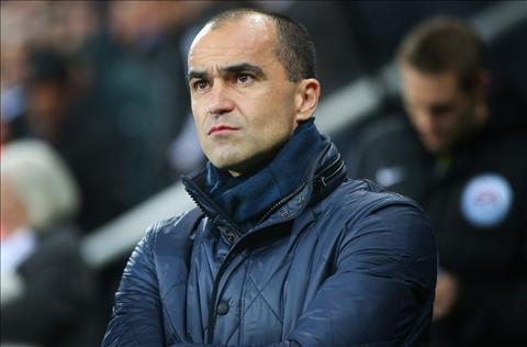 Everton nen ban trung ve John Stones cho MU hoac Chelsea dang hoi mua hinh anh 4