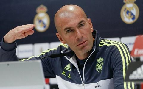 HLV Zidane Real Madrid se khong mua sam o ky CN mua Dong hinh anh