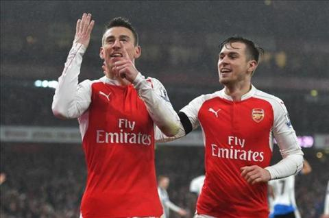 HLV Arsene Wenger tin loi choi Arsenal da khac sau khi thang Newcastle hinh anh 2