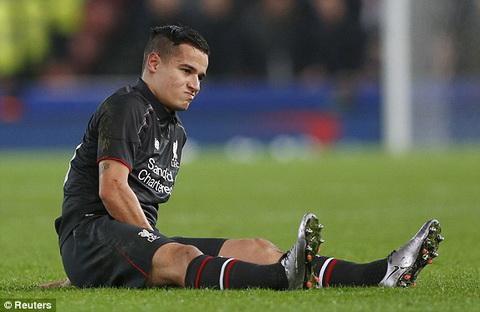 Stoke 0-1 Liverpool Chien thang nhoc nhan trong gian kho cua Lu doan do hinh anh 2