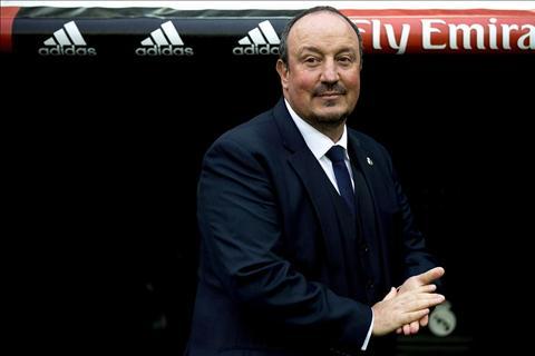 Benitez tam biet Real