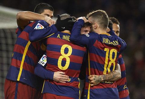 Du am, binh luan tran Barcelona 4-1 Espanyol Xau xi va bao luc hinh anh