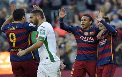 Messi hoan hao hon khi co tien dao Suarez hinh anh 2