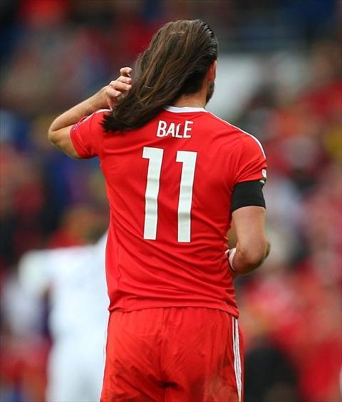 Tan chay voi mai toc bong benh cua Gareth Bale hinh anh