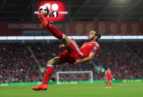 Tien ve Gareth Bale xuat sac nhat nam 2016 cua bong da xu Wales hinh anh