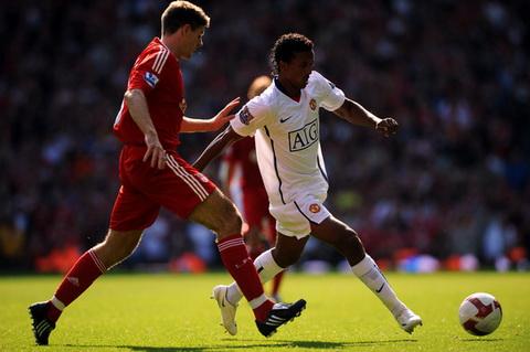 Nani tiet lo loi noi cua Sir Alex Ferguson giup M.U danh bai Liverpool.