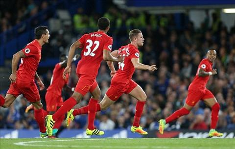 Liverpool thang hoa va triet ly chay nhieu ra chien thuat hinh anh 3