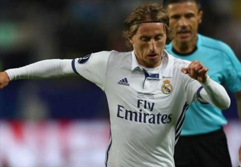 Tien ve Luka Modric gia han hop dong voi Real Madrid hinh anh 2