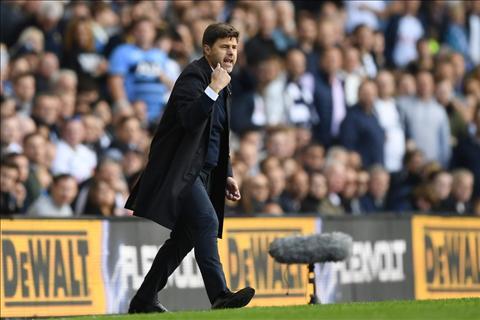 Tottenham 1-1 Leicester HLV Pochettino buc tuc voi cac hoc tro hinh anh 2