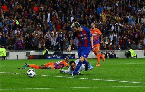 Messi di vao lich su voi cu hattrick vui dap Man City hinh anh