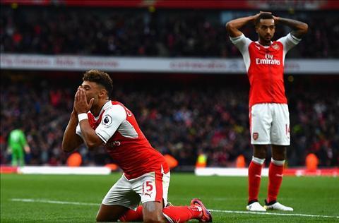 Cech Arsenal hoa vi thieu binh tinh hinh anh