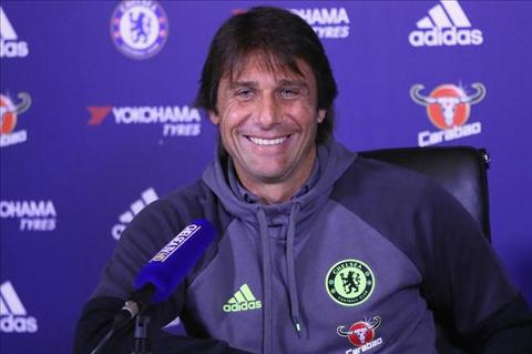 Conte muon vuot qua cai bong cua Mourinho tai Chelsea hinh anh