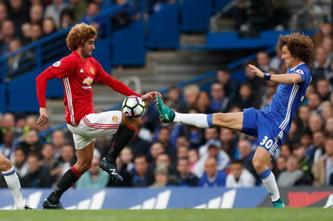 Graeme Souness cho rang David Luiz le ra phai bi duoi khoi san.