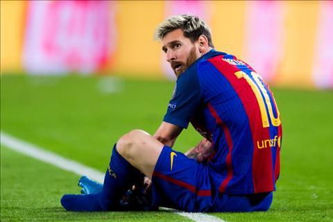 Diem tin bong da toi ngay 2410 Thieu Messi trong danh sach Qua bong vang 2016 hinh anh
